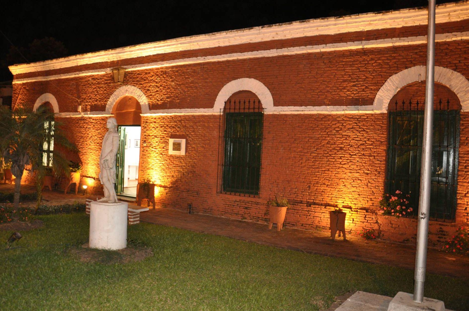 museo-camila-noche